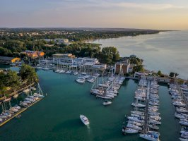 Hotel Yacht Wellness& Business Siófok belföldi